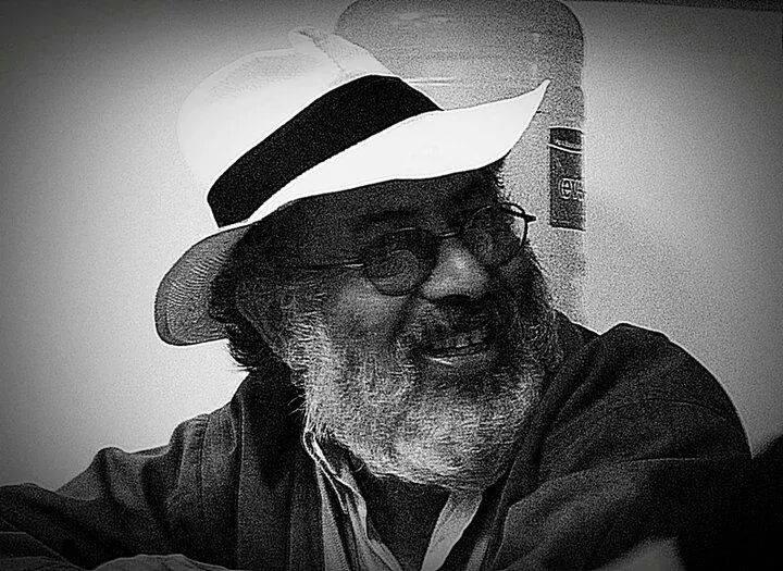 MartinMorales_FotoArtista_BN_EC_111215